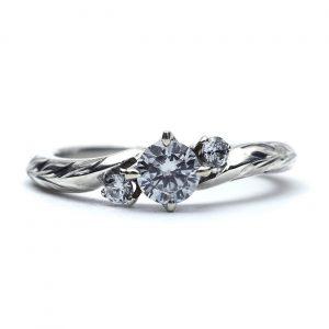 アニバーサリーリング(婚約指輪)